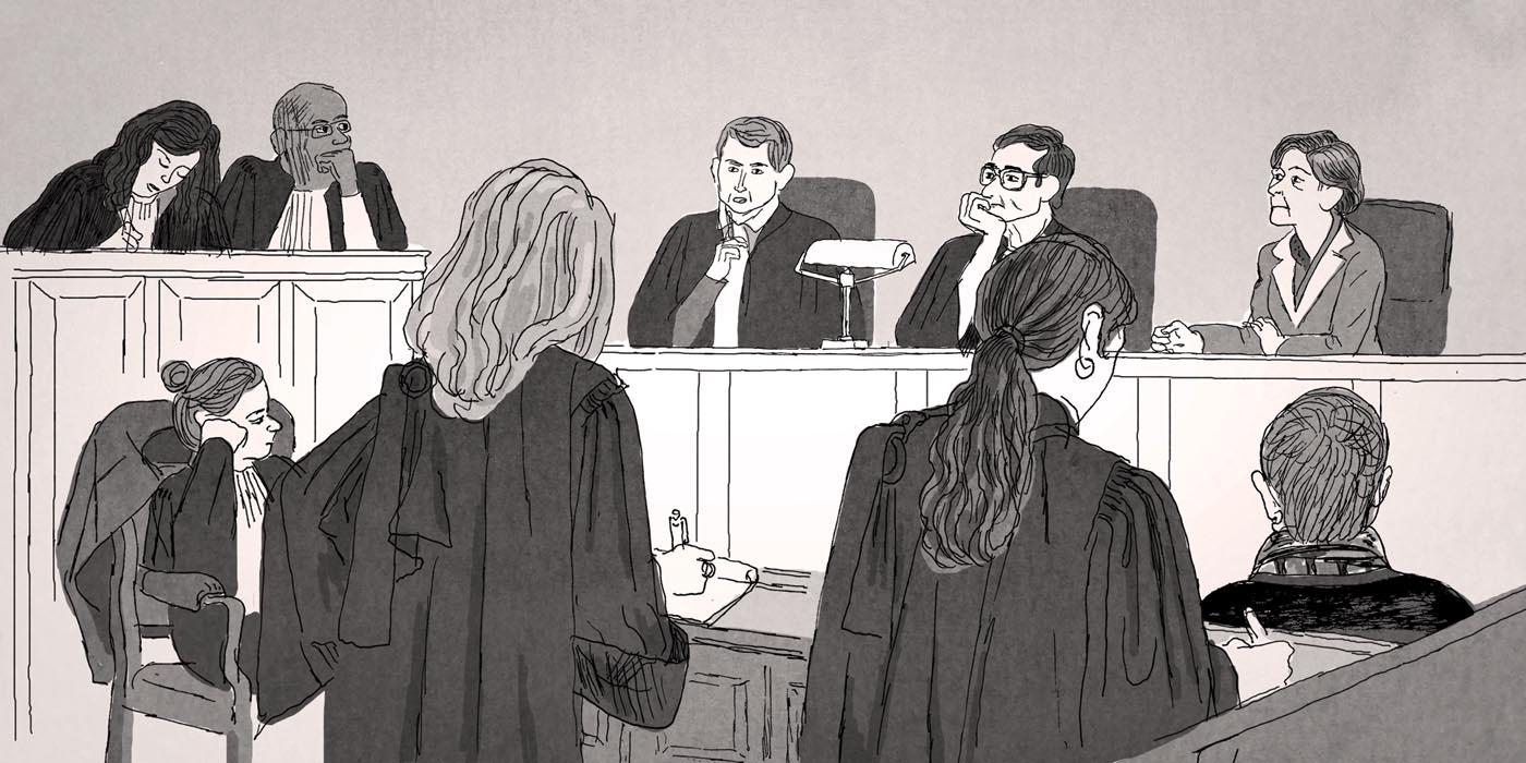 Au premier plan, les deux avocates des parties civiles. Sur la droite, de dos, Mélissa