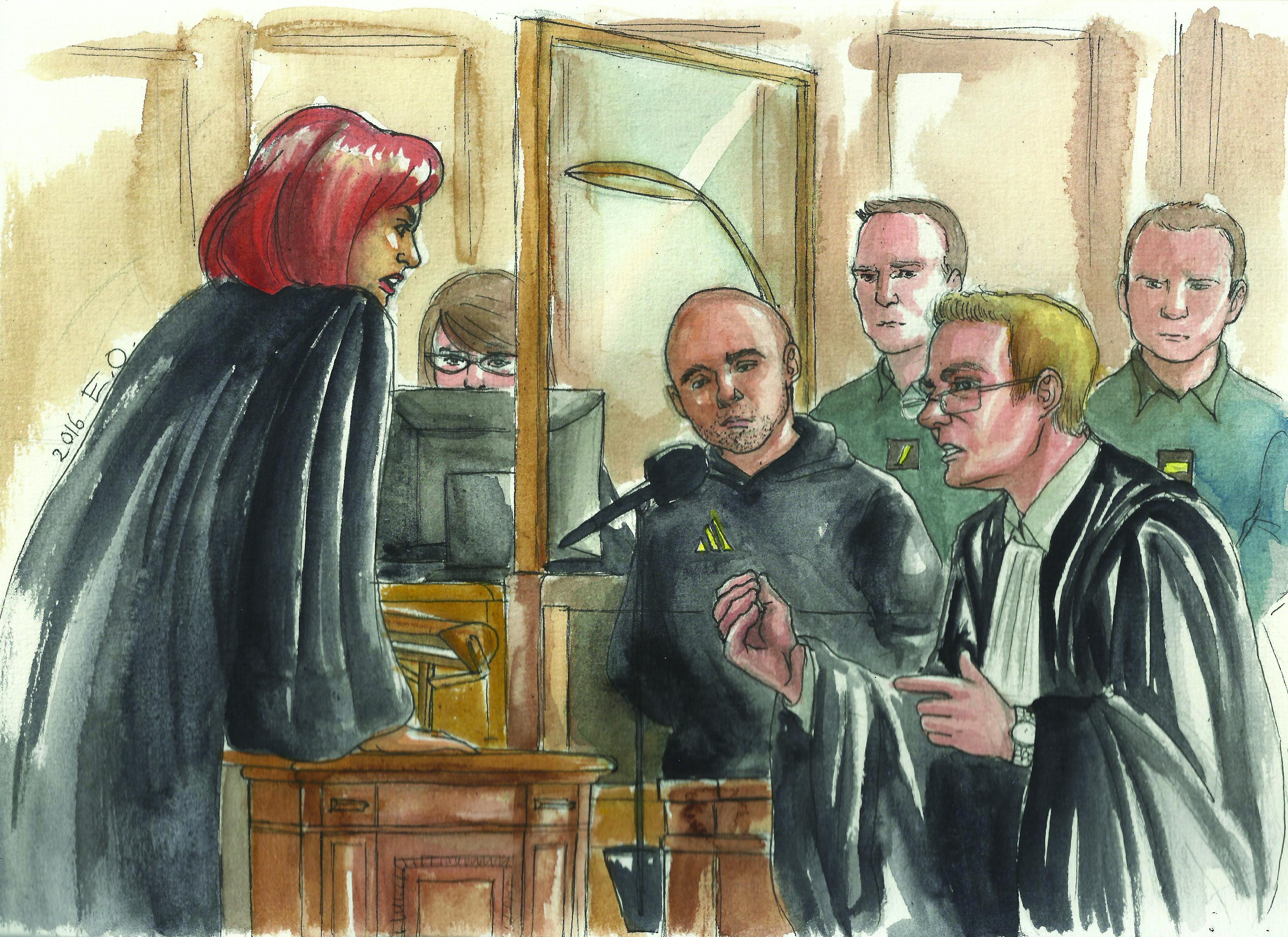 La procureure, le prévenu dans son box, et son avocat